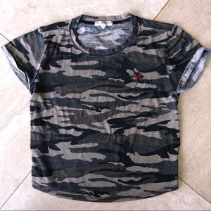 pacsun la hearts camo rose shirt